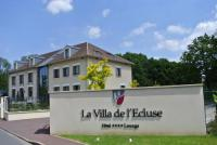 Hôtel Méry sur Oise hôtel La Villa de l'Ecluse