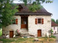 Gîte Saint Bazile de Meyssac Gîte Holiday Home Surdoire
