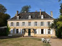 Location de vacances Neuvy Grandchamp Location de Vacances Château Des Lambeys