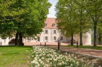 Hotel Kyriad Charmeil Chateau du Bost