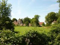 Location de vacances Châtel de Neuvre Location de Vacances Chateau de Vesset