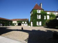 chambrehote Châteauneuf sur Charente Logis de Guitres - Chambres d'Hotes
