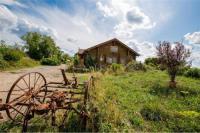 Location de vacances Éblange Location de Vacances Le Chalet du Chemin et sa Roulotte