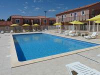 Residence-de-Tourisme-la-Provence Saint Mitre les Remparts