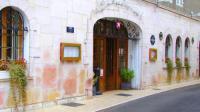 Hôtel Avrilly Hotel The Originals Paray-le-Monial Hostellerie des Trois Pigeons (ex Inter-Hotel)