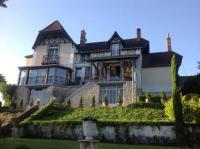 Location de vacances Pommiers Location de Vacances Chateau Beau Soleil