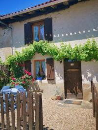 gite Chasseneuil sur Bonnieure Holiday home Cogulet
