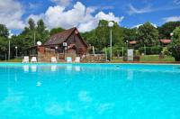 Appart Hotel Latouille Lentillac résidence de vacances Les Chalets de Thegra