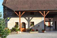 Location de vacances Geruge Location de Vacances La Grange de Félix