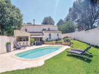 gite Aurons Holiday home Saint-Chamas with Outdoor Swimming Pool 420