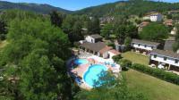 Hôtel Couteuges hôtel VVF Villages «Les Gorges de l'Allier » Lavoûte-Chilhac
