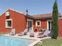 gite Montélimar Three-Bedroom Holiday home Ancone with a Fireplace 05