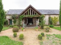 gite Cheffes Maison De Vacances - St Laurent-Des-Mortiers