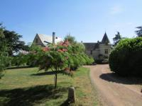 Location de vacances Saix Location de Vacances Château de la Roche Martel