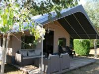 Country-Camp-Camping-Village-La-Guyonniere Saint Julien des Landes