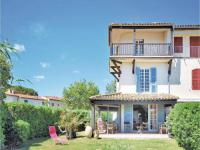 gite La Londe les Maures Holiday Home Port Grimaud with a Fireplace 02