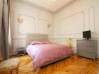 Grand Haussmann Opera 3 bedrooms apartment-Grand-Haussmann-Opera-3-bedrooms-apartment