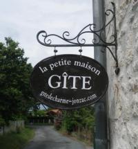 Location de vacances Champagnac La Petite Maison - Gîte De Charme