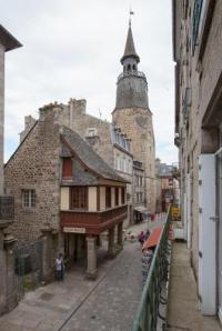 Appart Hotel Plouër sur Rance Appart Hotel Le Médiéval - Hôtel Le Challonge