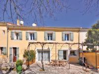 gite Avignon Holiday Home Chateuneuf de Gadagne 09