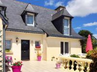 gite Saint Brieuc Peaceful house with flower garden