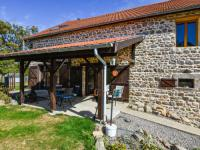 gite La Crouzille Holiday home La Grange