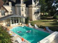 gite Persac Chateau L'Hubertiere near Poitiers