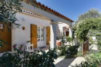 Location de vacances Saint Aunès Location de Vacances Maison Entre Roses et Jasmin
