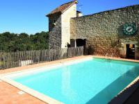 Location de vacances Monbalen Location de Vacances Holiday home Chateau D Agen II