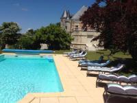 gite Angoulême Chateau Charbontiere