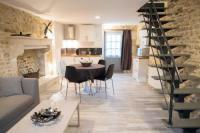 Location de vacances Poitiers Location de Vacances Jolie petite maison en pierre