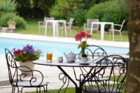 Hotel de charme Aix les Bains hôtel de charme Logis Auberge Saint Simond