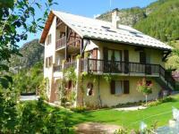 gite La Salle les Alpes Apartment Route du Villard