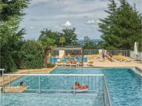 gite Payrac Three-Bedroom Holiday Home in Lanzac