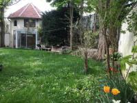 Location de vacances Villemomble Location de Vacances Petite maison du jardin
