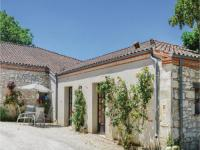gite Bourlens One-Bedroom Holiday Home in Valeilles