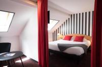 Hôtel Saint Aubin des Bois hôtel Logis L'Orée de Chartres - Barjouville