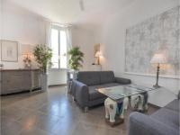 Two-Bedroom Apartment in Cannes-Two-Bedroom-Apartment-in-Cannes