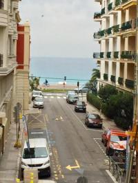 gite Cannes Appartement Rue De France Le Renoir