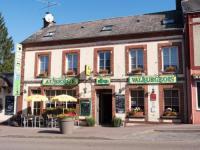 Hotel Fasthotel Orne Logis Auberge du Valburgeois