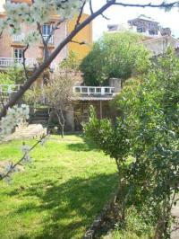 gite Formiguères Ancienne bergerie en pierres et son jardin