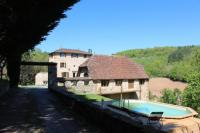 a-la-Croisee-des-Vallees Figeac