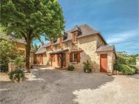 Location de vacances Cublac Location de Vacances Three-Bedroom Holiday Home in Terrasspn-Lavilledieu
