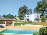 gite Aubagne Three-Bedroom Holiday Home in Allauch