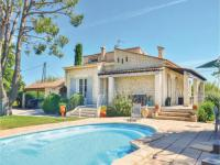 gite Fuveau Three-Bedroom Holiday Home in Gignac La Nerthe