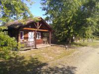 Terrain de Camping Saint Michel Escalus Emplacement au Camping familial les chalets d'Uza
