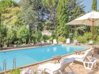 gite Istres Two-Bedroom Holiday Home in Lancon de Provence
