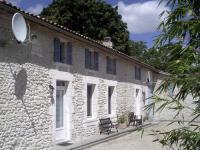 Chambre d'Hôtes Boresse et Martron Chez Augros