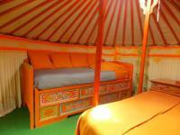 Terrain de Camping Auvergne Yourte mongole
