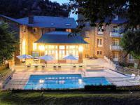 Hotel 4 étoiles Champeix Hôtel Mercure Saint-Nectaire Spa et Bien-être